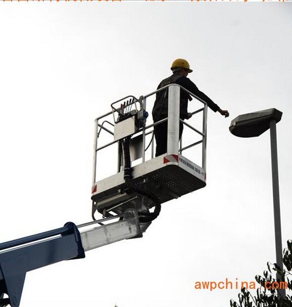 北京19米蜘蛛车租赁、25米高空车出租、供应30米登高车